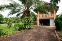 Mabprachan Hill Village 90064