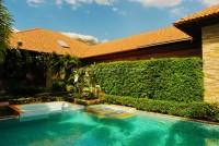 Majestic Residence 825765
