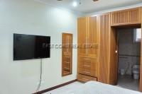 Majestic Residence 976713
