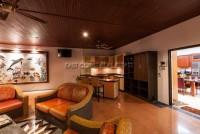 Majestic Residence  527341