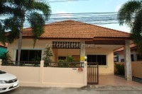 Nernplubwan Village 1 houses For Rent in  East Pattaya