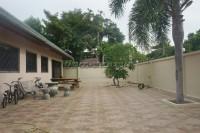 Nongket Yai 870511
