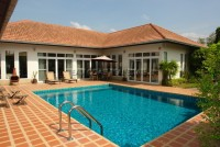 Private pool villa houses For Sale in  East Pattaya