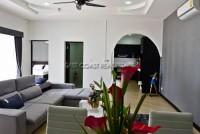 Oasis Park 753830