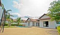 Oasis Park 753835