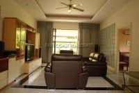 Paradise Villa 46415