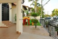 Paradise Villa 709821