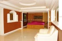 Paradise Villa 735817