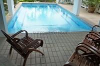Paradise Villa 748418