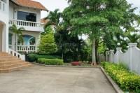 Paradise Villa 74845
