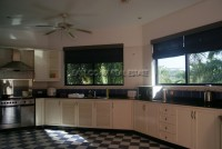 Paradise Villa 909321
