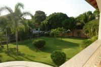 Paradise Villa  679815