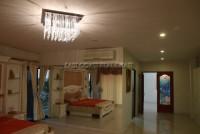 Paradise Villas  613516