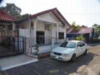 Park Rung Rueng 1009421