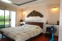 Pattaya Hill 526336