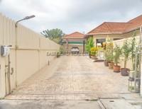 Pattaya Hill 1 10287