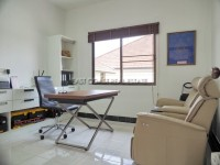 Pattaya Hill 1 1028715