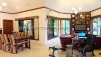 Pattaya Hill 2 1082910