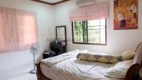 Pattaya Hill 2 1082913