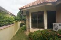 Pattaya Hill 2 868618