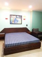 Pattaya Hill Resort condos For Rent in  Pratumnak Hill
