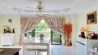 Pattaya Hill Resort 19511