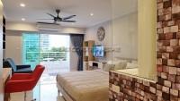 Pattaya Hill Resort 921411