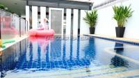 Pattaya Lagoon 960940