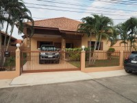 Pattaya Paradise Village 2 houses For Sale in  East Pattaya