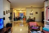 Pattaya Tropical Village 838421