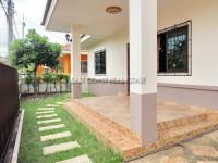 Pattaya Tropical Village  840418
