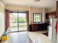 Pattaya Tropical Village  84047