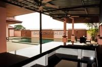 Phoenix Golf Villa 648535