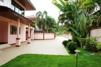 Phoenix Golf Villa 648567