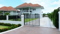 Phoenix House houses For Sale in  South Jomtien
