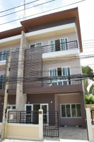 Piramanee Townhome houses For Sale in  East Pattaya