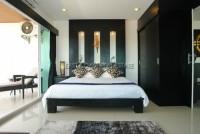 Platinum Suites 28073
