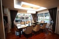 Platinum Villa 524712