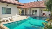 Pool View Villa 77477