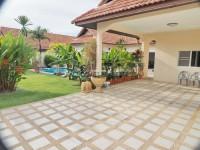 Pool View Villa 965613