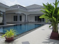 3 Bedroom Pool Villa houses For Sale in  South Jomtien