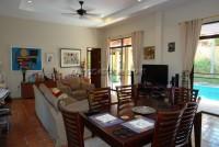 Pool Villa in Soi Wat Boon 549727