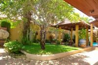 Pool Villa in Soi Wat Boon 549744