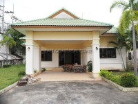 Pornthep Garden Ville 3/1 houses For Sale in  East Pattaya