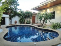 Pratumnak Pool Villa houses For Sale in  Pratumnak Hill