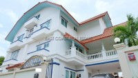 Private 9 Bedroom houses For Sale in  Wongamat Beach