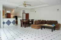 Private House in Soi Adam 762032