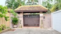 Private House in Soi Naklua 161 10202