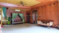 Private House in Soi Naklua 161 102024
