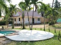Private house at Mabprachan Lake